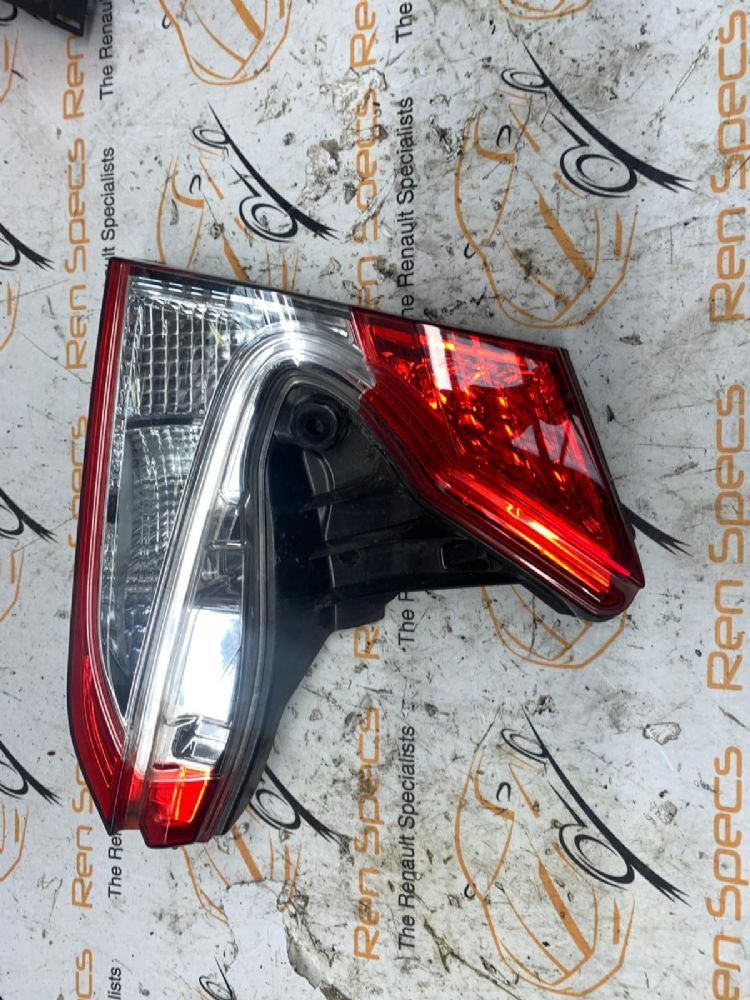 TOYOTA C-HR MK1 2016-2020 REAR/TAIL LIGHT ON TAILGATE (DRIVERS SIDE) 81580-F4010